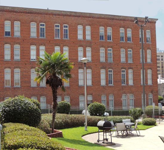 The Shreveport-Bossier Apartment